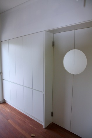 saloon doors into pantry